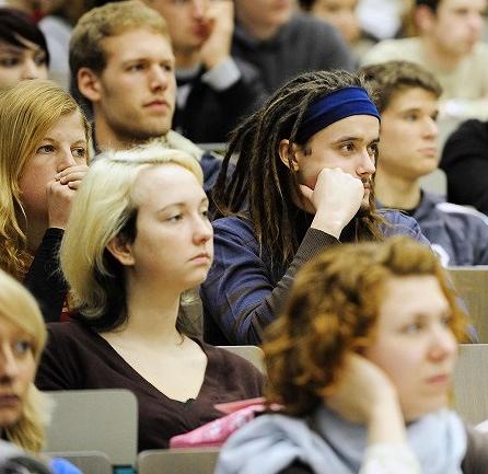 不滿被嫌給全班零分,教學評鑑究竟出了什麼問題?