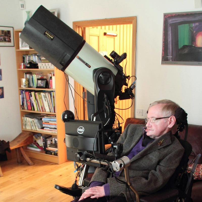 英國物理學家霍金享壽76歲,他說過這些名言佳句仍讓世人津津樂道
