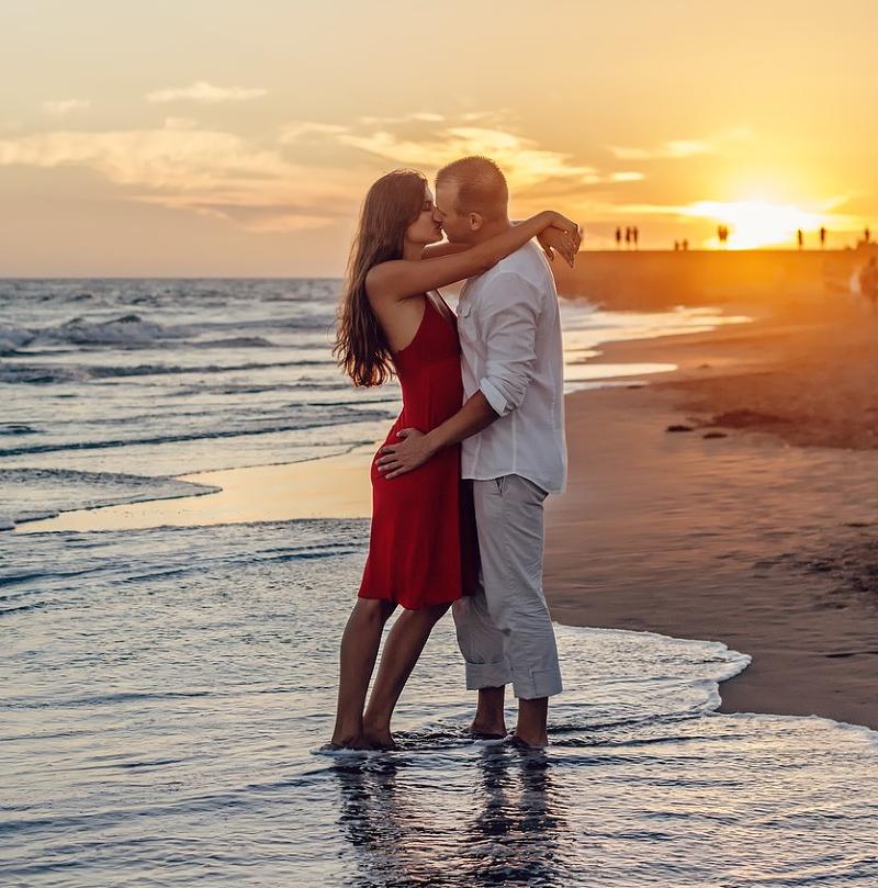 日本KISS節!你知道「接吻」有這5個好處嗎?
