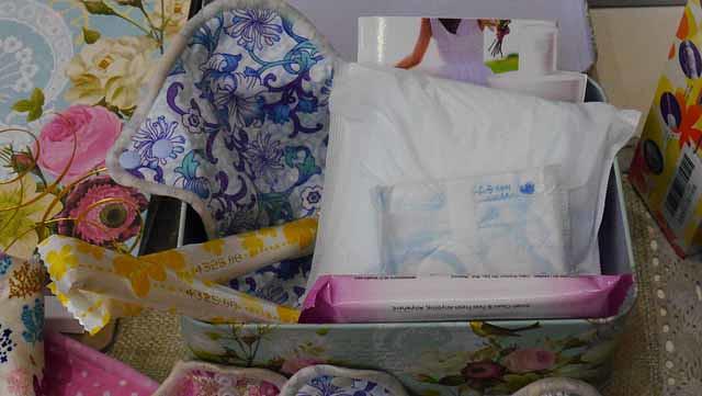 目前推出的初經寶盒